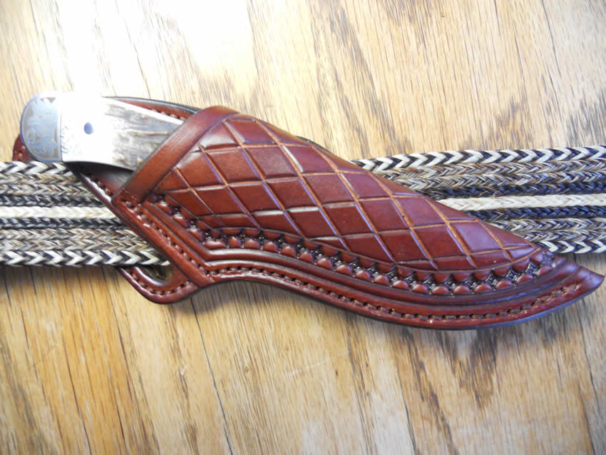 Belt knife horizontal sheath